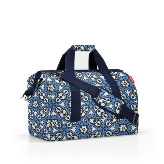 Reisenthel  Allrounder L nagyméretű utazótáska - kék virágos